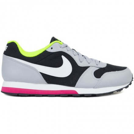Nike MD Runner 8 Shoes