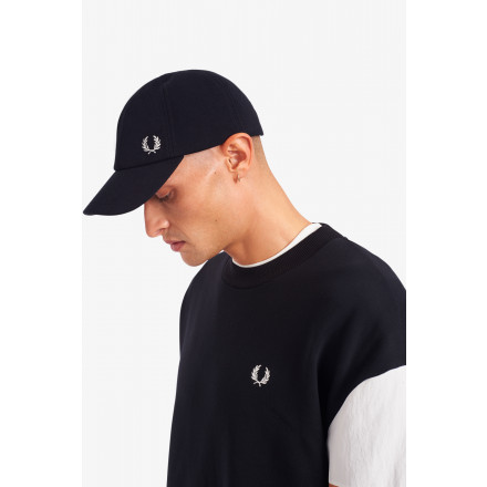 GORRA PIQUE CLASSIC FRED PERRY HOME